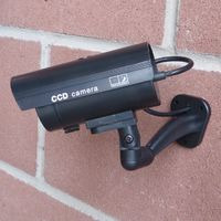 Hyfive - Fake Security Camera - Dummy CCTV Device with Flashing LED