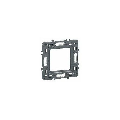 Mounting frame for switches and sockets