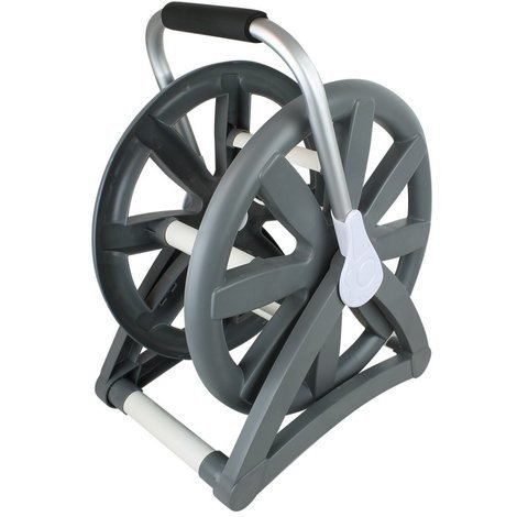 Swimming pool vacuum hose reel