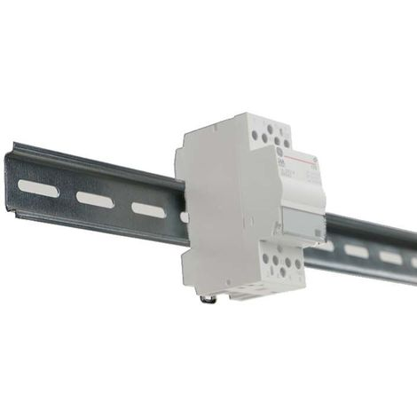 Accessories for distribution trunking
