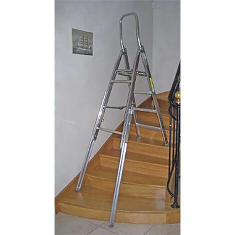 A. Escabeau pour escalier: hauteur de plateforme de 0.66m
