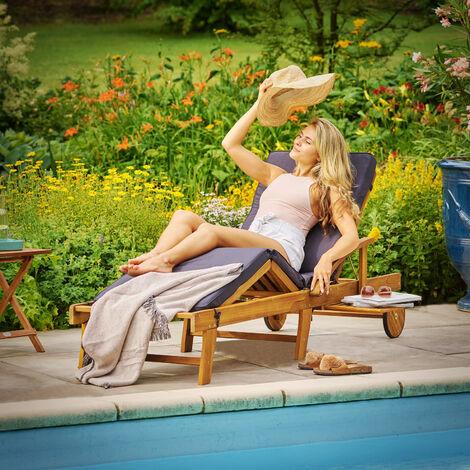 Sonnenliege Tami Sun 2er Set Akazien Holz Verstellbar Ausziehbarer Tisch Klappbar Gartenliege Holzliege Liege