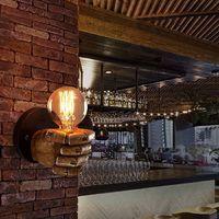 Applique murale Main gauche Poing retro style de decoration de Loft industriel antique Creative Lampe pour Restaurant Bar Café Résine Chambre Décoration