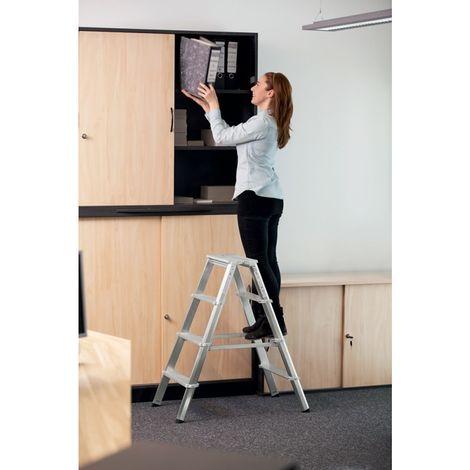 Escalera plegable de aluminio ML, acceso por dos lados 0,93 m 2 x 4 peldaños
