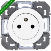 Prise de courant 2P+T Surface Dooxie Blanc / Legrand | Couleur: Blanc