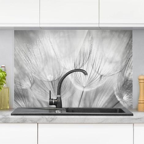Crédence en verre - Dandelions Macro Shot In Black And White - Paysage 2:3 Dimension: 40cm x 60cm