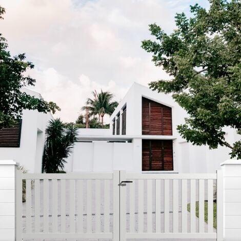 Portail aluminium battant ajouré en kit dimension L.3000 (entre piliers) X H.1200 mm couleurs Blanc (RAL 9010)