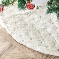 Christmas Tree Skirt Faux Fur Carpet with Golden Snowflake Embroidery Christmas Party Christmas Tree Decoration Silver Glitter 90cm