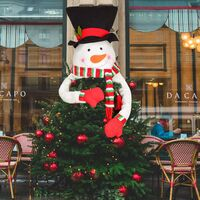 Christmas tree decoration with snowman and snowman