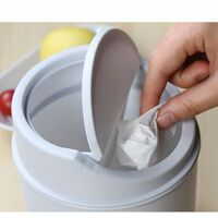 1 Pack Creative Small Desktop Trash Can Mini Clamshell Small Waste Paper Basket Household Plastic Storage Bucket Simple Compact Trash Can(Gray)
