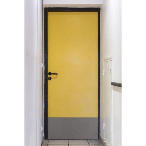 Plaque de protection de bas de porte adhésive, 830 x 350 mm finition noir