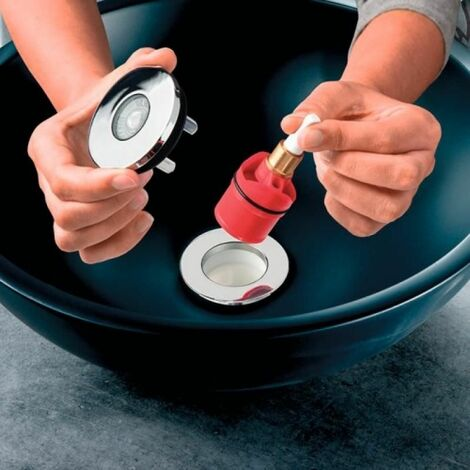 Bonde de lavabo à écoulement libre avec siphon gain de place D32 nano 6,7