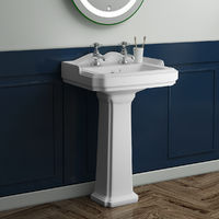 Abbey Traditional Bathroom Suite with Right Hand L Shape Shower Bath