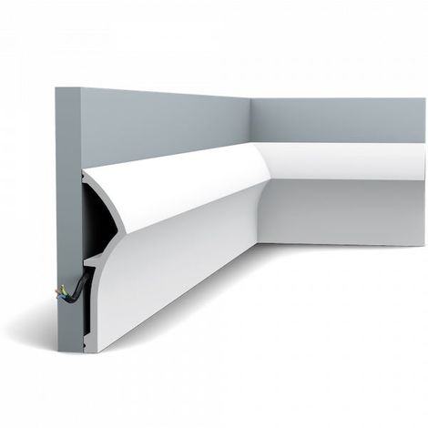 SX167 Skirting Moulding