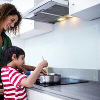 Relaxdays Kitchen Splashback Panel, Safety Glass, Cooker Splatter Guard, 40 x 100 cm, Wall-Mount, Transparent