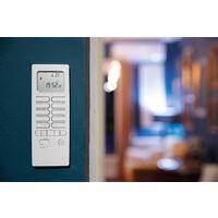 Pack chauffage connecté avec télécommande thermostat et modules de chauffage - Otio