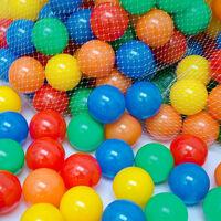 LittleTom 200 Boules de couleur Ø 6 cm de diamètre | petites Balles colorées en plastique jeu jouet pour enfants | mélange multicolore jaune rouge bleu vert orange pour remplir piscines châteaux gonflables tentes de jeux | qualité éprouvée
