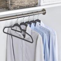 Kleiderbügel 100 stück Anzugbügel Garderobenbügel samt Rutschfest platzsparend Bügel mit Steg