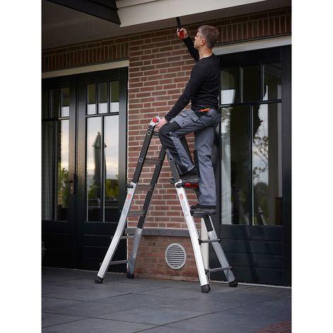 Echelle pliante télescopique, utilisable comme échelle ou comme escabeau 4 x 4 échelons