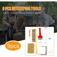 Kit di strumenti per l'apicoltura da 9 pezzi Bee include 1 attrezzatura per l'allevamento Strumento per repellente per le api 1 Impugnatura per telaio dell'alveare 1 Pennello 1 Alimentatore d'acqua 1 Forchetta per disostruzione 1 Strumento per tracciare l