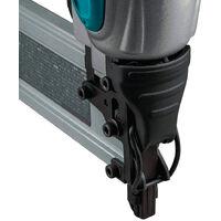 Makita AF506 Pneumatic Brad Nailer 18 Gauge 2-inch Brad