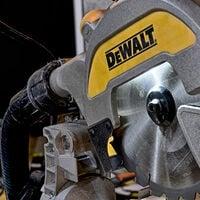DeWalt DWS777-GB 216mm XPS Crosscut Sliding Compound Mitre Saw 1800W 240V