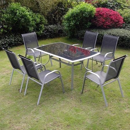 Cómo cuidar tus muebles de jardín