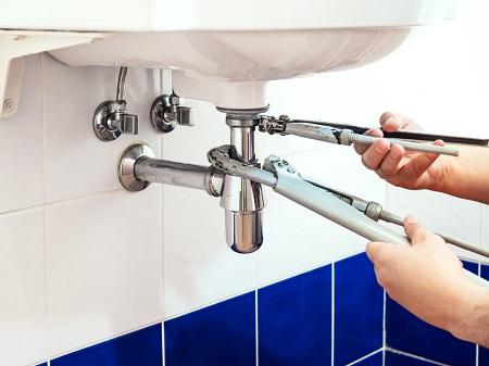 Comment déboucher  un lavabo