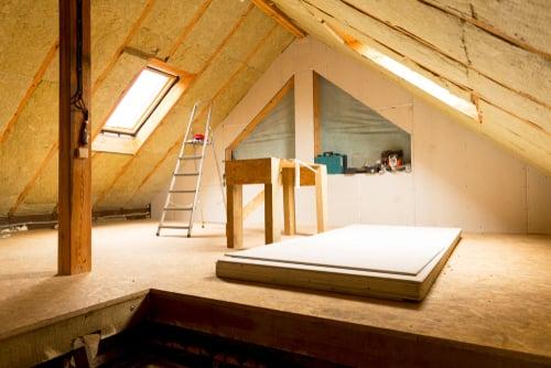 Ein Dachgeschoss dämmen: So geht's