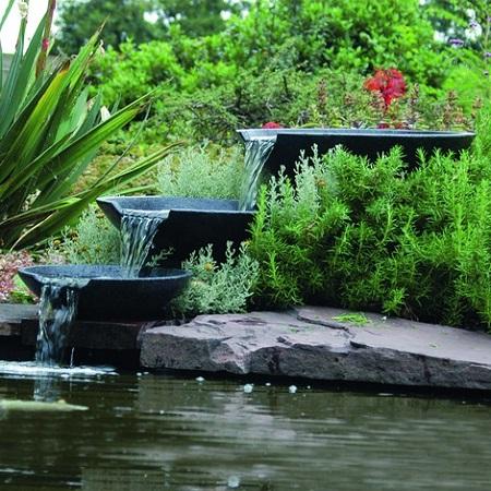 Cómo mantener un estanque de jardín