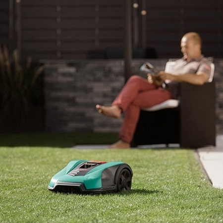 How to set up your robot lawnmower