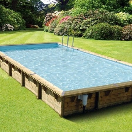 Pool or hot tub: which one is best for me?