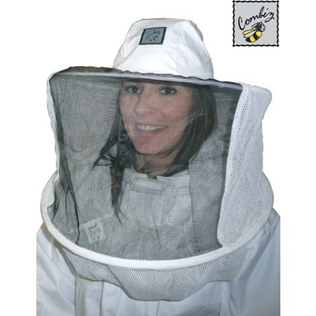 How to choose your  beekeeper suit and equipment?