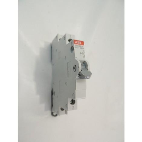 Interrupteur 25A 1P 250V contact 1NO (1F) E211-25-10 (703001) ABB 2CCA703001R0001