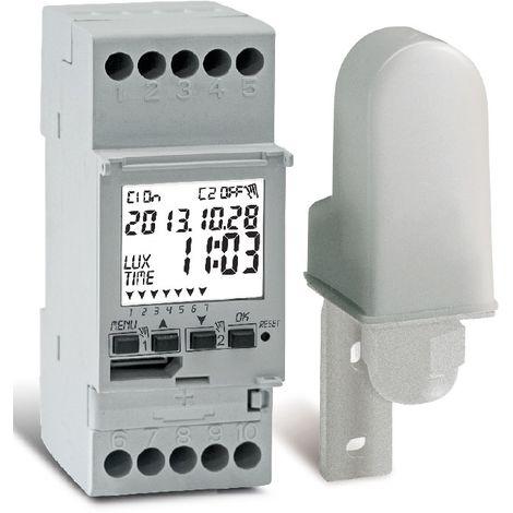 Interrupteur crépusculaire sur rail DIN cm 0 Perry 1IC7054
