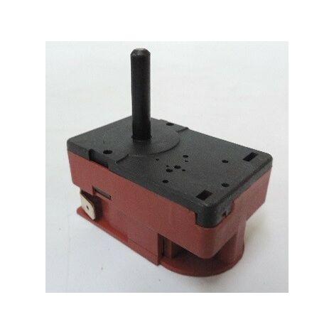 """main image of """"Interrupteur temporisé mécanique encastré 16A 250V tempo 60min 1P contact 1NO/NF inverseur série C20 MCI COUPATAN 070009"""""""
