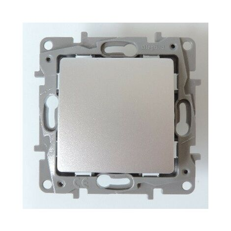 Interrupteur Va-et-Vient 10A couleur Gris Argent 250V sans plaque Niloé LEGRAND 096660