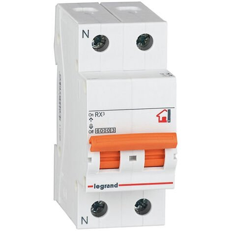 Interruptor automático magnetotérmico 1 + N polos 32A Legrand (402418)