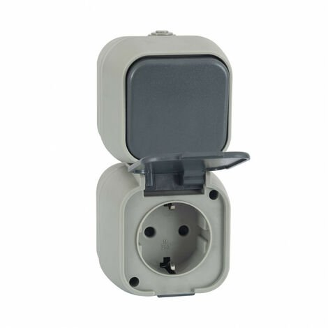 Interruptor Simple Conmutado y Enchufe tipo F Schuko IP54 PCPC