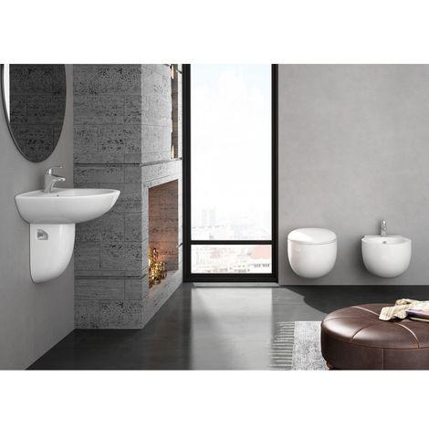 Kit BATA completo inodoro con tapa amortiguada, asiento de duroplast, desagüe vertical, bide y lavabo con semipedestal a juego muy económicos de calidad suspendidos.