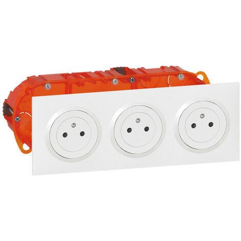 Kit triple prise de courant 2P+T Surface dooxie 16A précâblées finition blanc (300404)