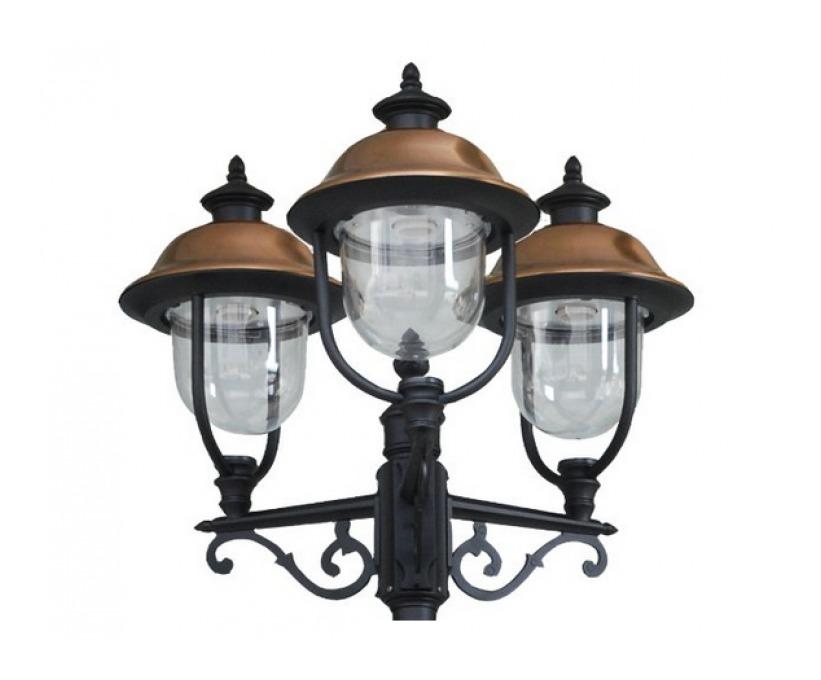 Lampione da giardino modello verona con 3 luci su palo