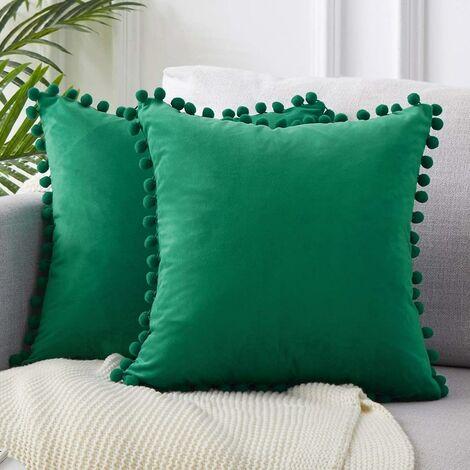 LangRay 2 piezas de fundas de almohada de terciopelo suave de 45x45 cm con almohadas de bola de masa decoración de sofá moderna para el dormitorio de la sala de estar - funda de almohada verde