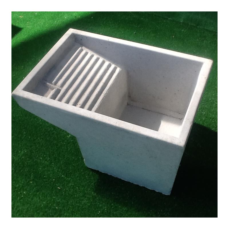 Lavatoio vasca pilozzo uso lavanderia in cemento grigio for Vasche x laghetti