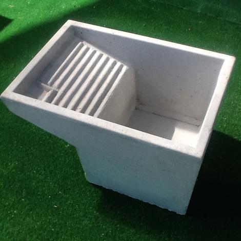 Lavatoio vasca pilozzo uso lavanderia in cemento grigio - Vasca da bagno in cemento ...