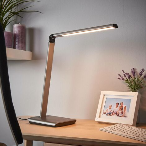LED Table Lamp 'Kuno'with USB Socket dimmable (modern) in Silver for e.g. Office & Workroom (1 light source, A+) from Lindby | Desk Lamps
