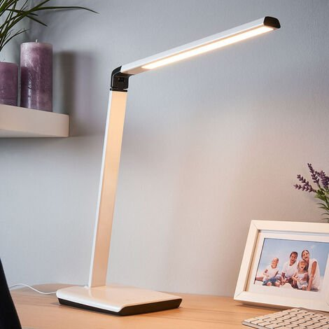 LED Table Lamp 'Kuno'with USB Socket dimmable (modern) in White for e.g. Office & Workroom (1 light source, A+) from Lindby | Desk Lamps
