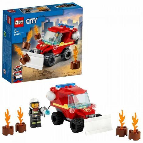 LEGO City 60279 Le camion des pompiers doté d'une lame de chasse-neige a l'avant, une lance a incendie et un pompier miniature
