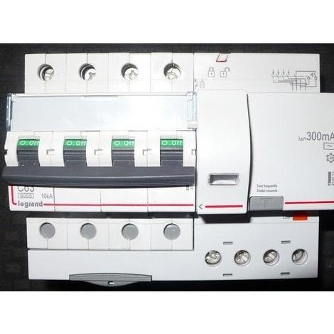 Legrand 008029 Disjoncteur Différentiel Tétrapolaire C25 300mA 6000