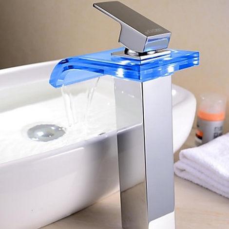 Llave para fregadero Contemporáneo con cambio de color LED Acabado cromado Manija de baño con cascada